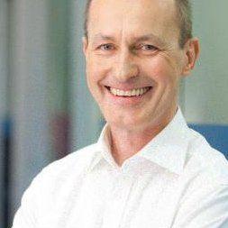 Aufbauen • Ermöglichen • Erzielen – Wilfried Kampe startet sein eigenes Unternehmen.